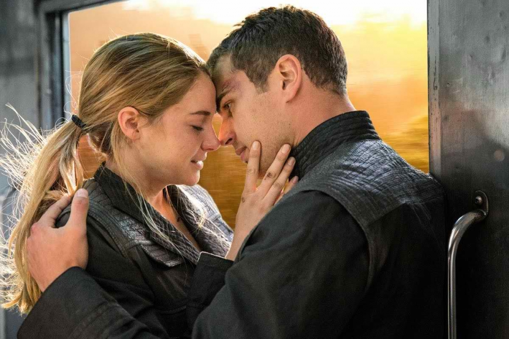 Theo James and Shailene Woodley's Divergent chemistry