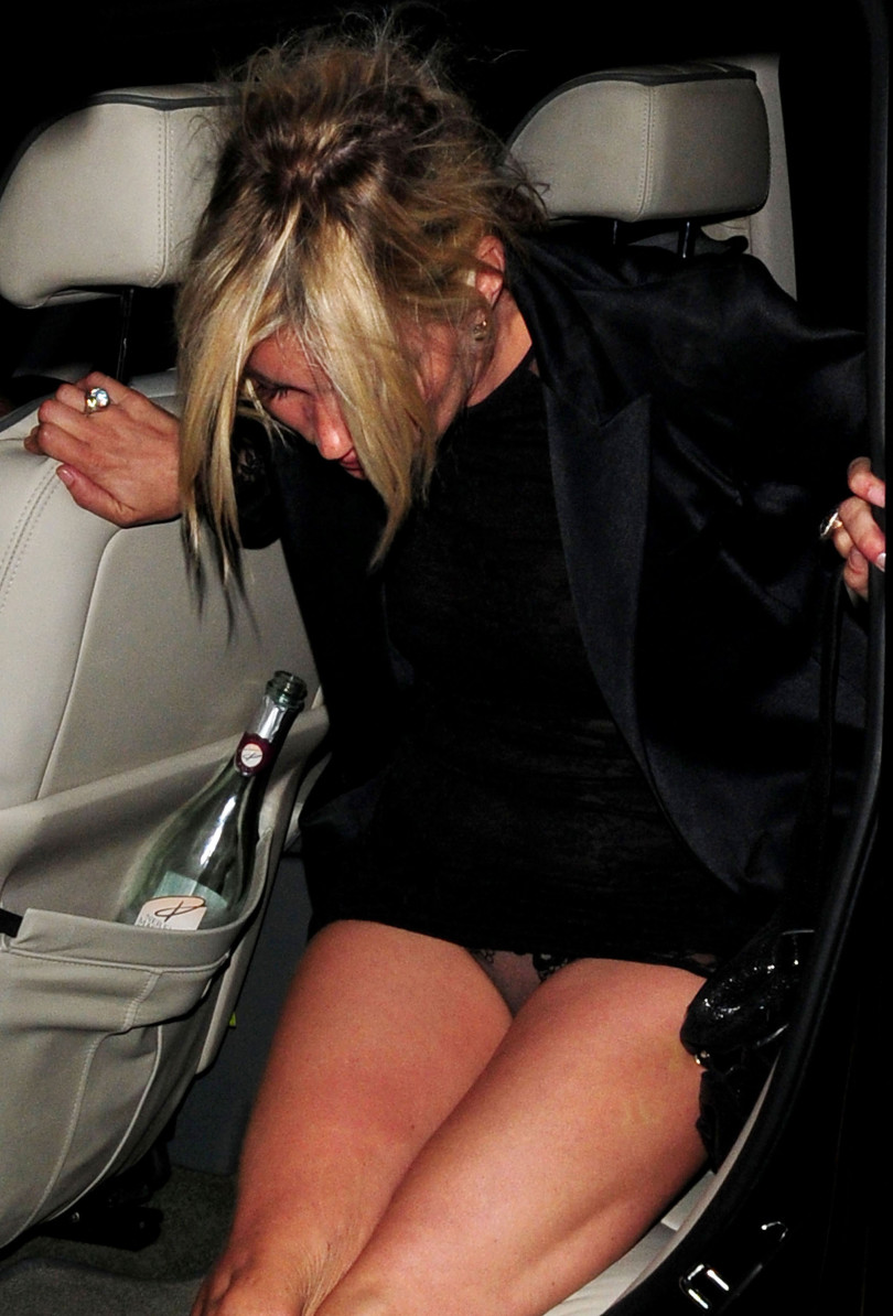 Celebrity upskirts, Kate Moss